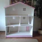 Barbie House White
